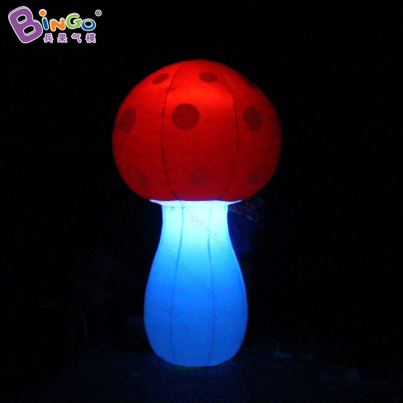 Vivid 2M high inflatable mushroom replica for decoration 2018 Newly giant inflatable LED lighting mushroom toy for wedding partyVivid 2M high inflatable mushroom replica for decoration 2018 Newly giant inflatable LED lighting mushroom toy for wedding party