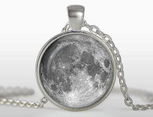 (3 pieces/lot) Vintage Moon Pendant Moon necklace galaxy art picture glass cabochon necklace antique silver chain jewelry Sale