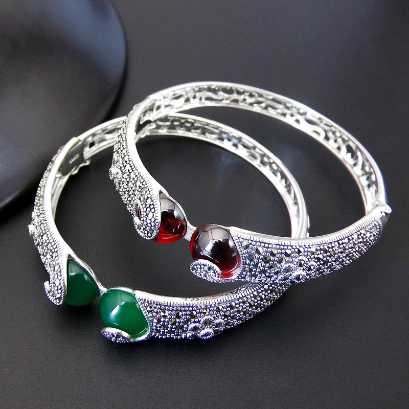 S925 Sterling Silver Retro Thai Silver Green Agate Garnet Mosaic Match Open Ended Ms. Bangle NewS925 Sterling Silver Retro Thai Silver Green Agate Garnet Mosaic Match Open Ended Ms. Bangle New