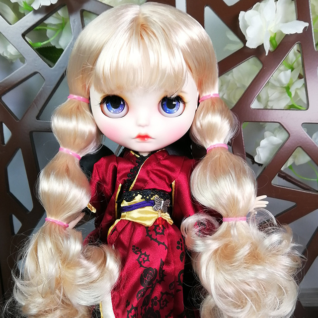 ICY Neo Blythe Doll Light Blonde Hair Jointed Body