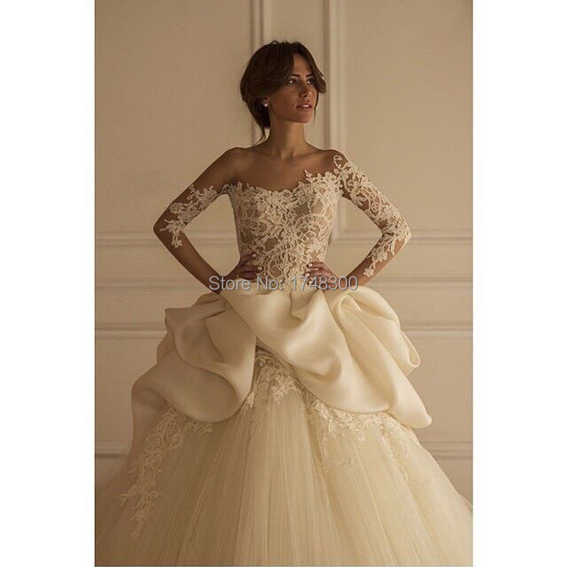 Fashion Design Long Sleeve Appliques Lace Vintage Wedding