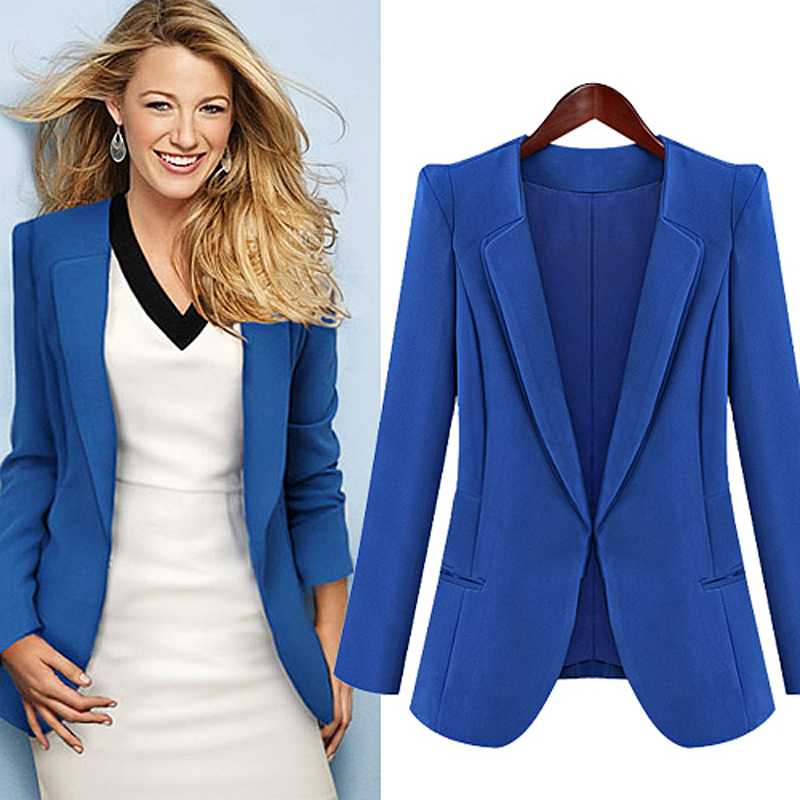 A well-fitting blue blazer is a classic wardrobe staple that, once added to your closet, can quickly become the piece you wear the most. A timeless blue blazer can be paired effortlessly with anything from your finest cocktail dress to your most comfortable weekend outfit, and everything in between.