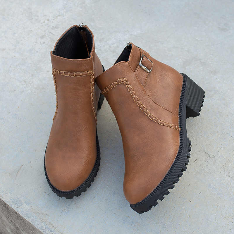 2019 Büyük Boy 35-43 kısa çizmeler kadın ayakkabıları Kadın Rahat tıknaz Topuklu Sonbahar Moda yarım çizmeler Eğlence patik Ayakkabı