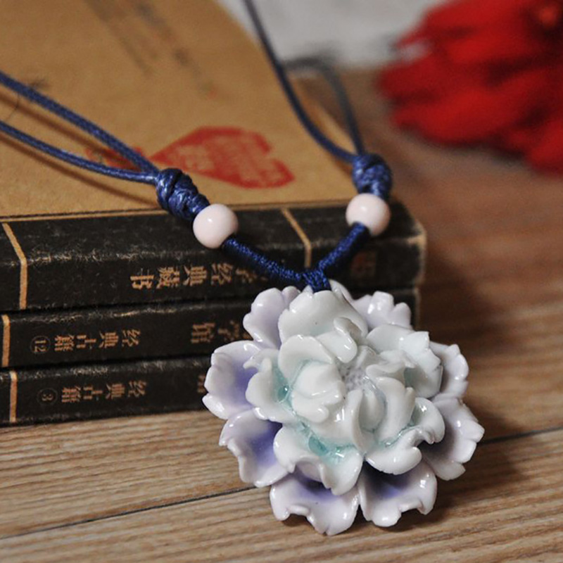 12 Pieces/Lot Simple Necklace For Women Ceramic Beads Flower Design Statement Necklace Pendants Men Jewelry Sweater Accessories