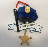 Großhandel Polizei Personalisierte Polyresin Weihnachten Ornament Als Für Urlaub Polizei Tag Geschenke