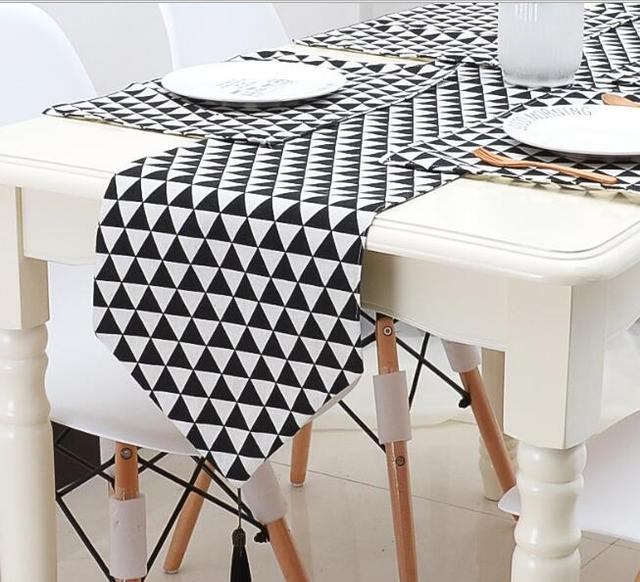 Modern Simple Black White Table Runner Fashion Fashion Table Runners Cotton  And Lien Cloth