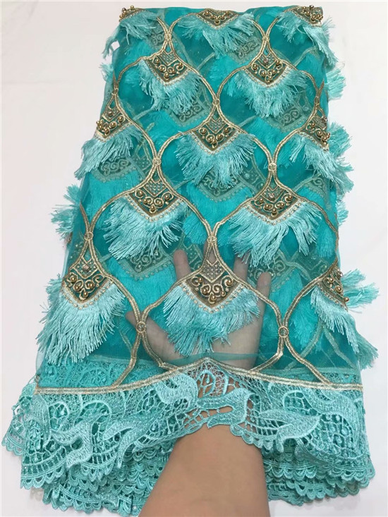 2019 Latest Nigerian Laces Fabrics High Quality African Laces Fabric For Wedding Dress French Tulle Lace With Tassel green