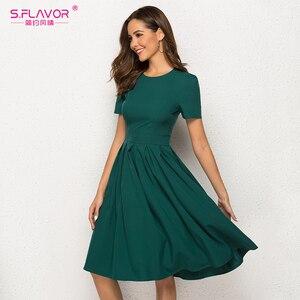 Image 2 - S.FLAVOR Women Summer A Line Dress Short Sleeve O Neck Knee Length Solid Dress New Fashion Women Vintage Green Midi Dresses