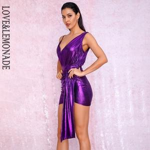Image 4 - فستان للحفلات عاكس للحفلات من LOVE & LEMONADE ذو رقبة على شكل v باللون الأرجواني المزين بطيات ومزين بشريط مناسب للجسم طراز LM81846