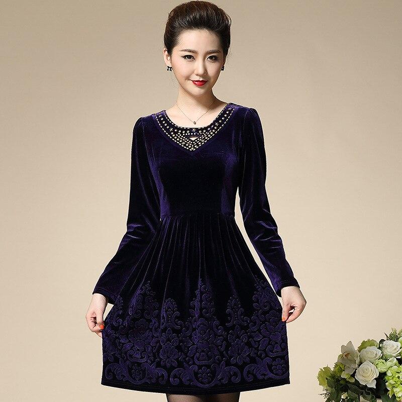 Платье бархат вышивка