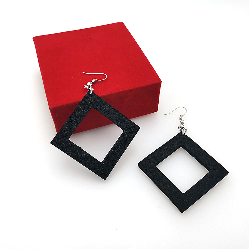 YD&YDBZ New Designer Handmade Earrings Women Drop Earrings A Pair Of Jewelry Light And Soft Earring Black Rubber Big Accessories 5