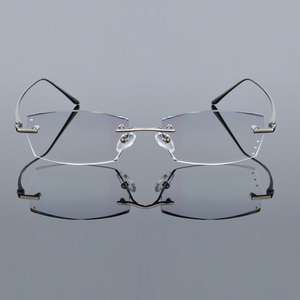 Image 4 - QJ Luxury Rhinestone Reading Glasses Men Diamond Cutting Rimless Glasses High Clear Mens Gray Readers Presbyopic Eye Glasses