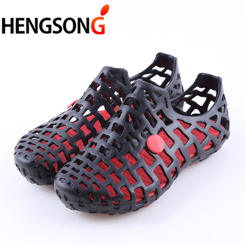 Unisex Men beach sandals casual summer sandals men tennis shoes shallow hollow out breathable sandals slip-on slippers 2018 branded men s penny loafes casual men s full grain leather emboss crocodile boat shoes slip on breathable moccasin driving shoes