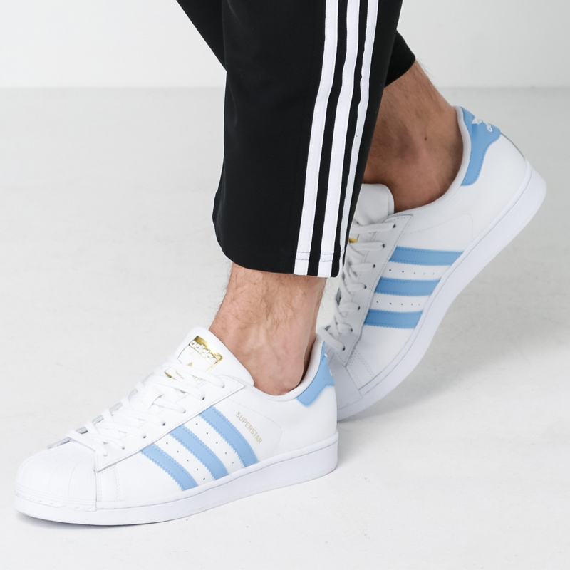 Adidas Originals Men Women Sneakers White Blue Stripe Breathable  Skateboarding Shoes Leather Lace up Low Adidas Sports Shoes-in Skateboarding  from Sports ... 6bf8b5c5a954
