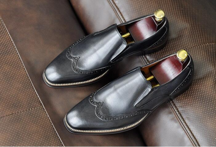 Carved brogue shoes men slip on genuine leather flats loafers handmade vintage breathable smart casual shoes summer moccasins black real leather 2017 mules summer brown european loafers men genuine shoes moccasins half male casual slip ons hot sale