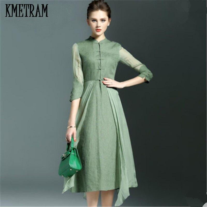 Красивые девушки в зеленых платьях