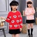 2016 осень и зима новая девушка мило любовь печати свитер с капюшоном шею свитер детской одежды
