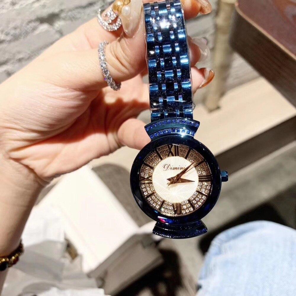 Noble bleu vif montres pour femmes Anti décoloration en acier Bracelet Montre Quartz romain cristaux Montre-Bracelet en verre plastique cadre Montre
