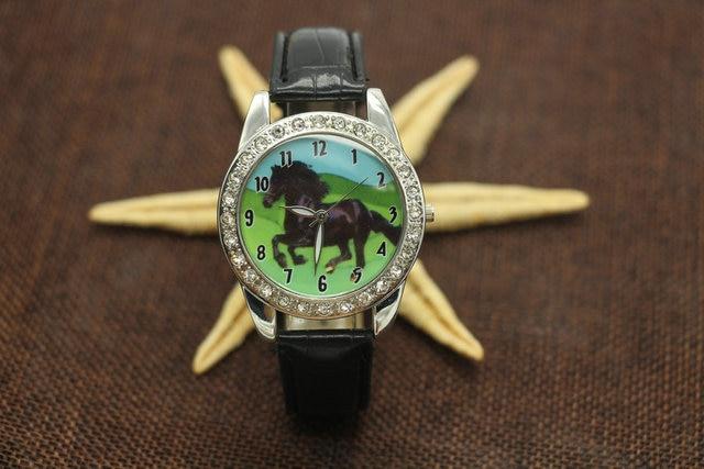 Hot Popular Brand New Black Horse Animal Watch Quartz Crystal Diamonds Black Str