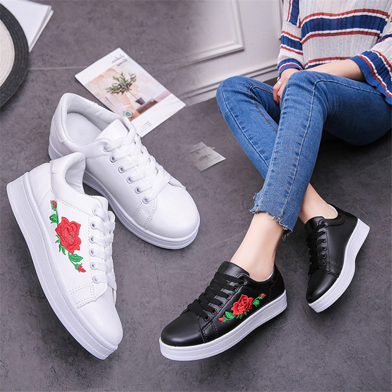 Stravel Printed Woman Casual Shoes Women Canvas Shoes Tenis Feminino 2019 New Fashion Lace-up Women Sneakers Flowers