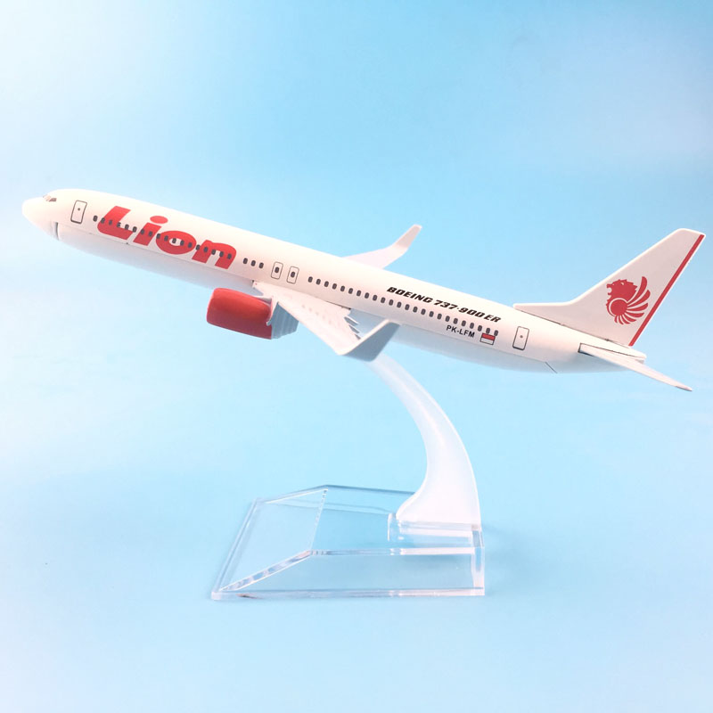 FREE SHIPPING 16CM Boeing 737-900 LION METAL ALLOY MODEL PLANE AIRCRAFT MODEL TOY AIRPLANE BIRTHDAY GIFT toys for childrenFREE SHIPPING 16CM Boeing 737-900 LION METAL ALLOY MODEL PLANE AIRCRAFT MODEL TOY AIRPLANE BIRTHDAY GIFT toys for children
