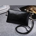 2017 New Mini Crocodile Stone Pattern Women Messenger Bag Young Lady Small Flap Shoulder Bag Girls Crossbody Phone Bolsa key B