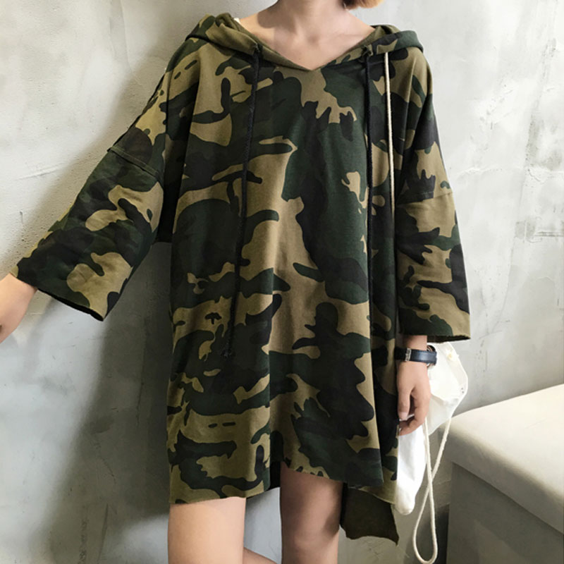 Autumn T shirt 2017 Three Quarter Sleeve Street Hip Hop Military Camouflage T-shirts for Women Hooded Loose Long Female T-shirt