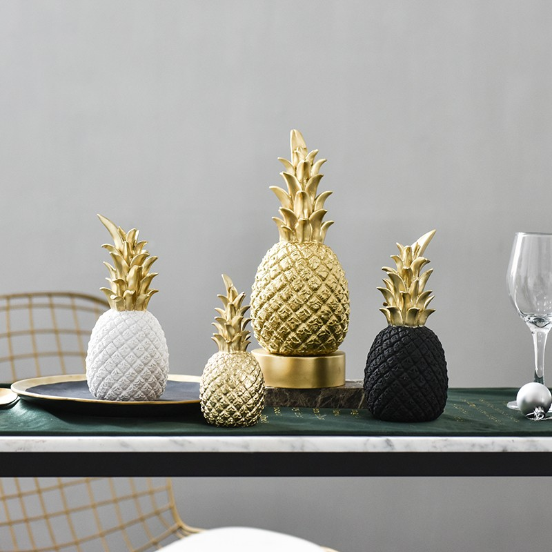Free Shipping Nordic modern Gold Pineapple Resin creative Ornaments living room Home Decoration Photo Props Accesso