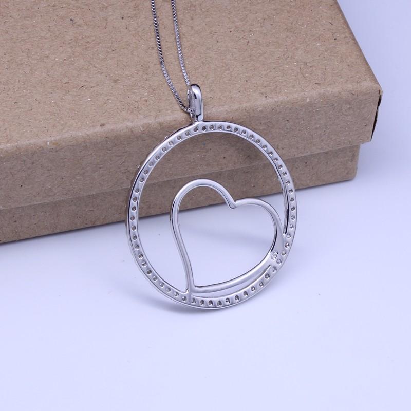 pendant necklace 3