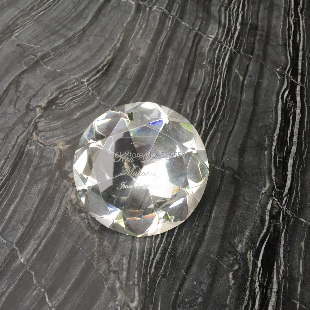 Freies verschiffen 50 teile/los individuellen logogravur kristallglas diamant briefbeschwerer als hochzeitstag souvenir geschenke-in Party-Geschenke aus Heim und Garten bei  Gruppe 2