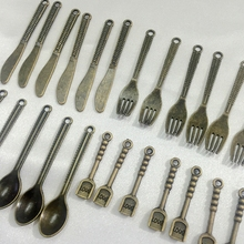 """Promotion """" Cutlery Fork Spoon"""" Mix 80Pcs/pack Antique Bronze Alloy Pendants Beads Making Jewelry Charms"""