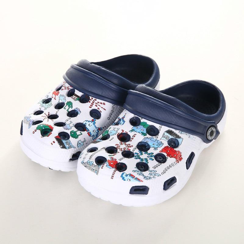 Cartoon Kids Shoes Summer Slippers Children Cave Garden Shoes Girls Outdoor Sandals Boys Beach Shoes Water Flip Flops Light New