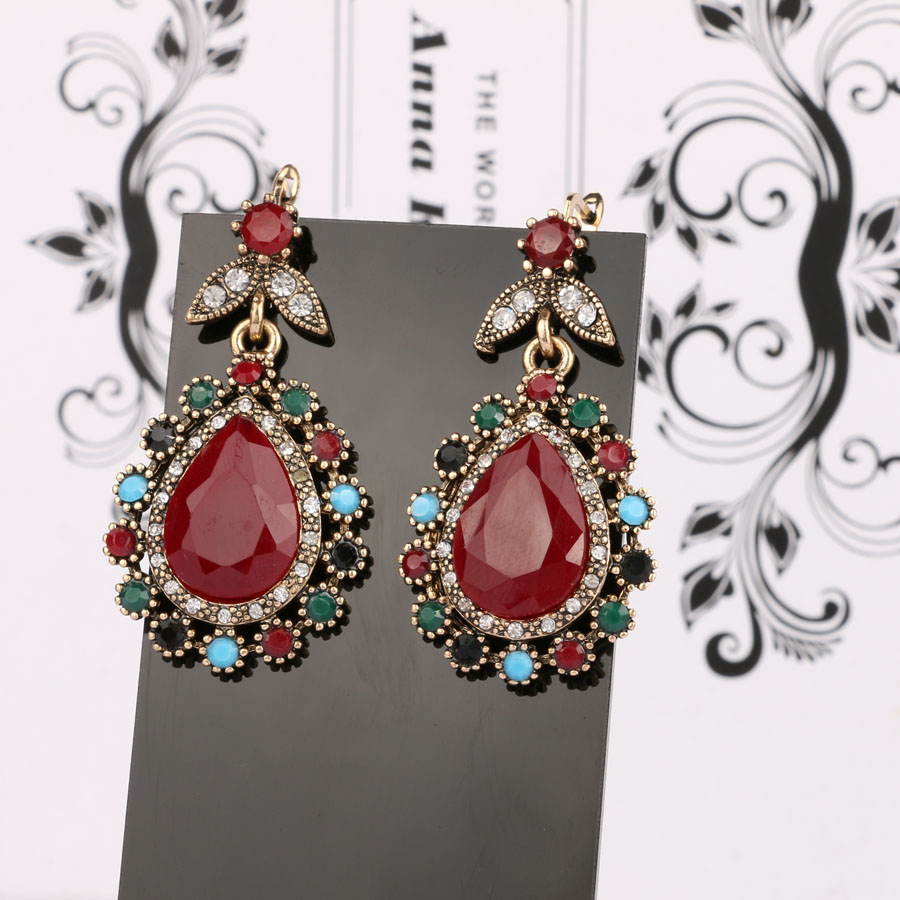 BL! thankfulness vintage look earrings these orgy