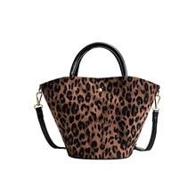купить 2019 Bag Women Tote Bag Shoulder Bags Pu Bucket Leopard Print Hasp Versatile Designer Handbags High Quality Handbag по цене 1599.62 рублей