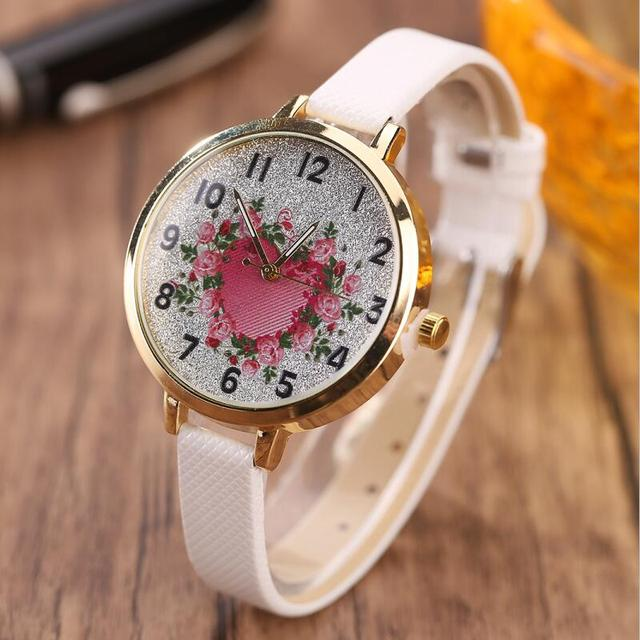 MINHIN Roses Heart Design Quartz Watch Personalized Ladies Casual Bracelet Watch