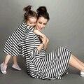 2016 Moda vestidos de Madre e hija Familia Trajes A Juego Vestido de Rayas blanco y negro Media manga ropa de La Madre y La hija