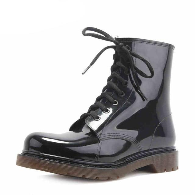 2016 nuevos Hombres de la moda zapatos botas de lluvia de Los Hombres negro Martin botas zapatos para la lluvia Zapatos de Agua Rainboots Impermeables Zapatos De Mate Rainday