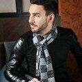 Primavera e no outono inverno clássico retro maré dos homens escovado lenço de seda de um macio e confortável moda Cachecol para homens