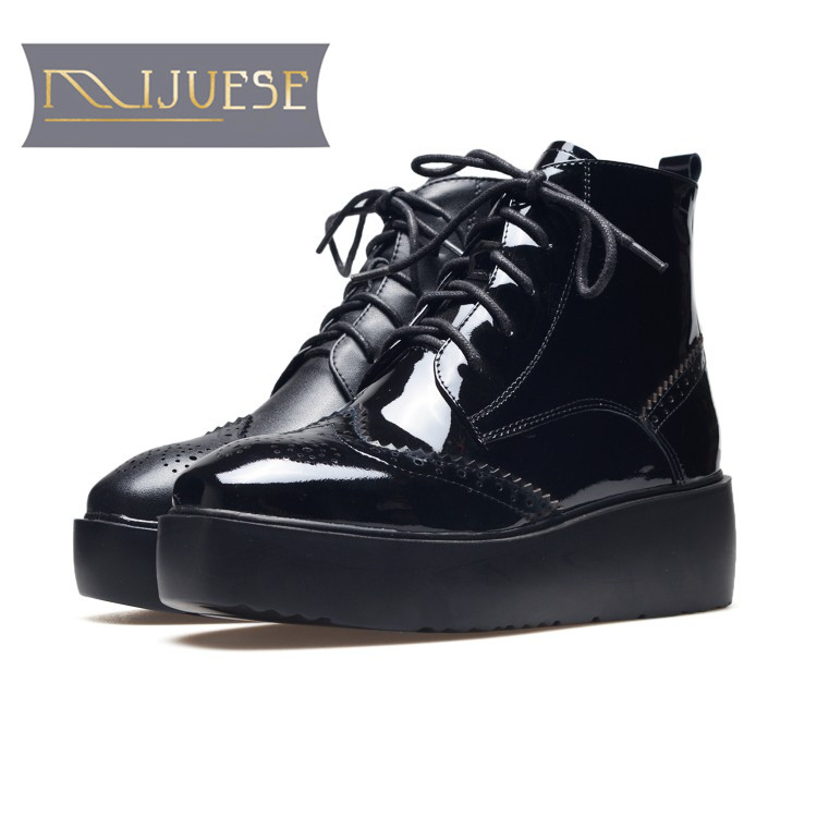 MLJUESE 2018 women Mid calf boots cow leather patent leather platform flats boots autumn spring lace up women martin boots zorssar 2018 new fashion women martin boots cow suede comfort flats heel lace up mid calf boots autumn winter women shoes