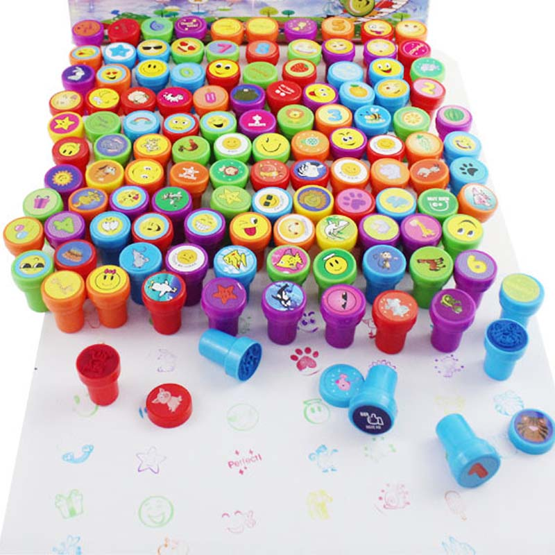 Christmas Giveaways For Kids.Us 4 19 30 Off 36pcs Self Ink Stamps Kids Party Favors For Birthday Giveaways Gift Toys Boy Girl Christmas Gift Goodie Bag Pinata Fillers In Party