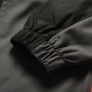 Image 5 - YIHUAHOO ماركة رياضية الرجال قطعتين مجموعة ملابس عادية سترة السراويل 2 قطعة بذلة رياضية رياضية sweatsuit رجل LB1601