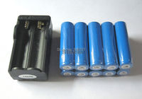 новый 10 шт. аккумуляторная 18650 аккумулятор литий-ионный из светодиодов фонарь с 1 зарядное устройство