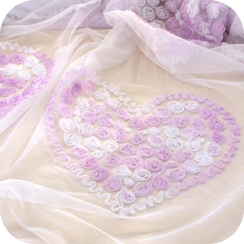 Three-color mesh yarn heart-shaped disk flower embroidery lace fabric dress handmade garment material