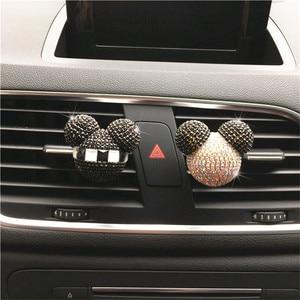 Image 2 - Luksusowy odświeżacz do samochodu diamentowy klimatyzator wylot klip dekoracja wnętrz odświeżacz powietrza do samochodu Car Styling perfumy 100 oryginalny