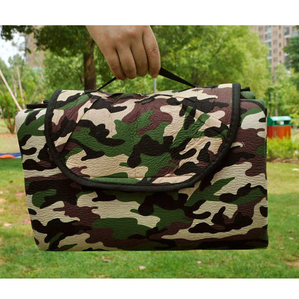 Foldable 150x180cm Super Capacity Camo Cloth Camping Mat
