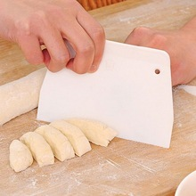 Hifuar формы для выпечки пищевой пластмассовый скребок лезвие масло торт протирать крем для бритья вырезать тесто скребок пластины Кондитерские инструменты