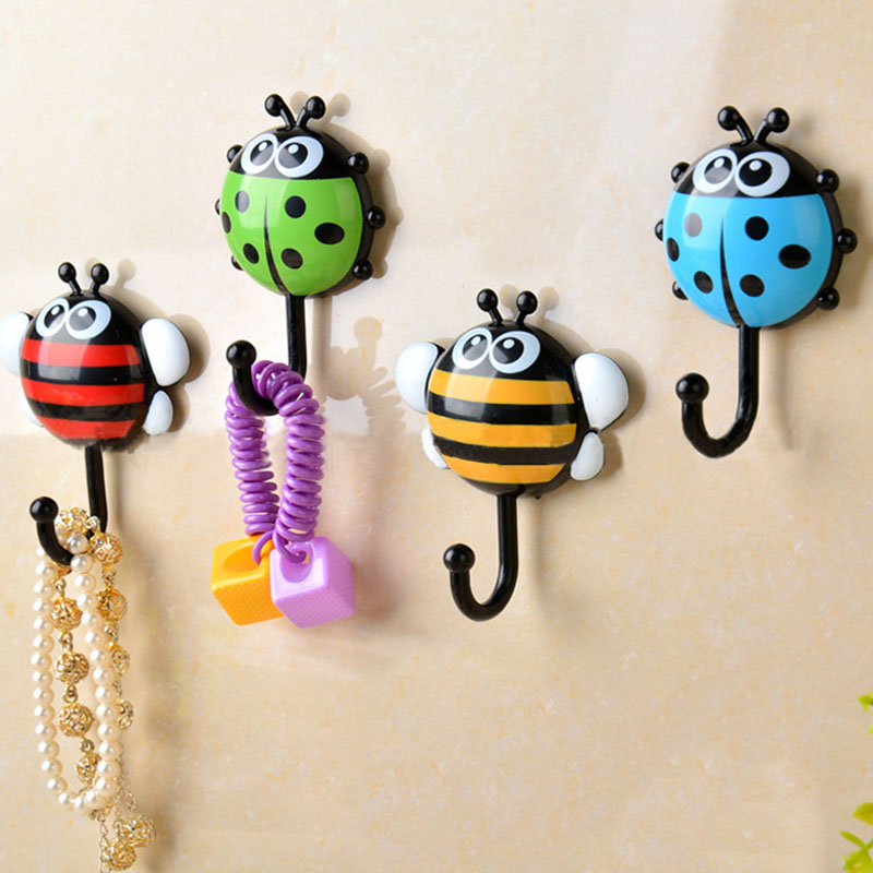 Animal Hook Vacuum Suction Cup Home Accessories Towel Hanger Kitchen Gadgets Cartoon Insect Shape Bathroom Supplies 2Pcs