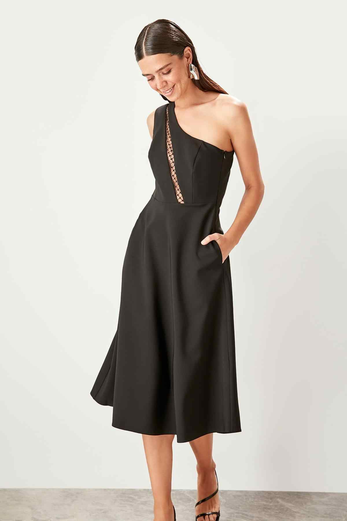 Trendyol Black One Shoulder Dress TPRSS19UZ0089