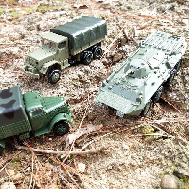Perakitan Model M35 Truk Militer Unit BTR-80 Lapis Baja Kendaraan Transportasi 1/72 Model Mainan Anak Mainan & Hobi Hadiah