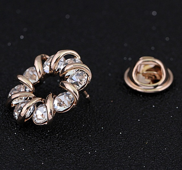 Crystal Rhinestones Inlaid Pin Brooch For Women